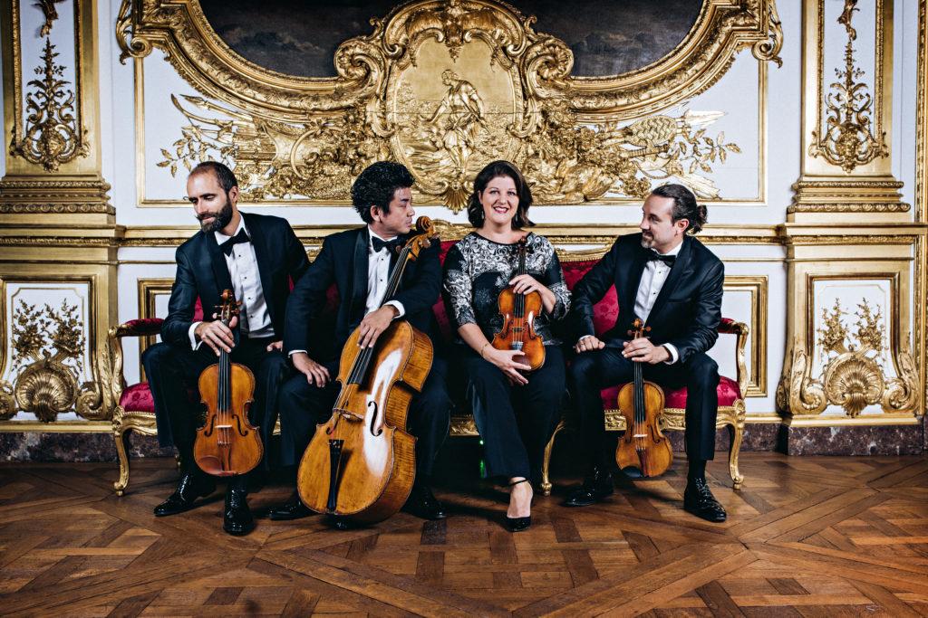Le Quatuor Cambini-Paris: (de gauche à droite, Pierre-Eric Nimylowycz, Atsushi  Sakaï, Karine Crocquenoy, Julien Chauvin (Photo Franck Juery)